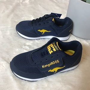 Boys🦘KangaROOS 🦘 Blue and Yellow Lace Up Sneaker